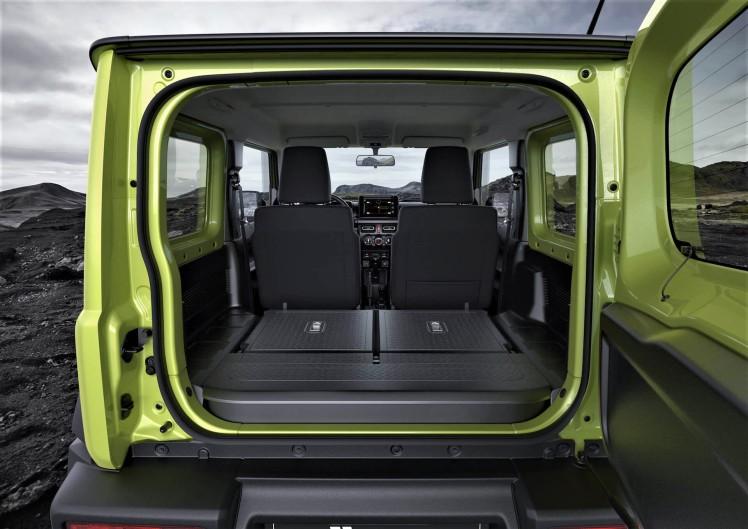 interior-jimny-121